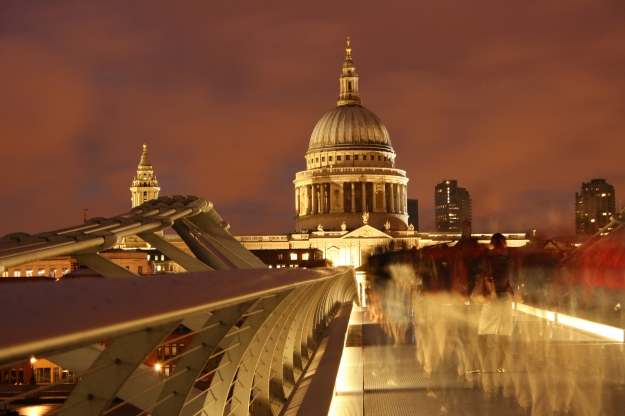 St Pauls and ghosts
