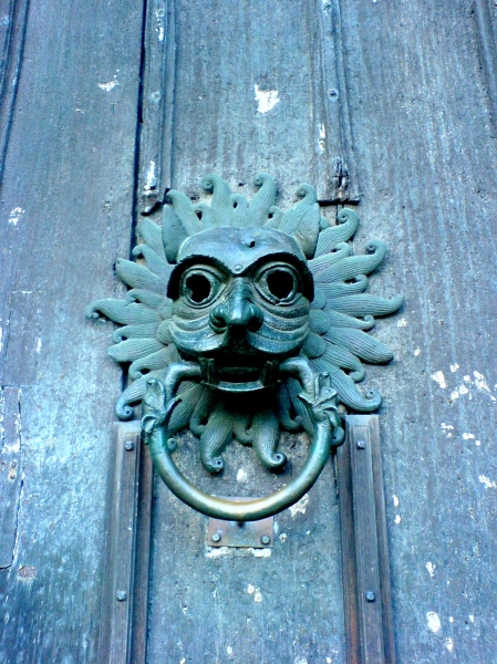 14 - Door knocker